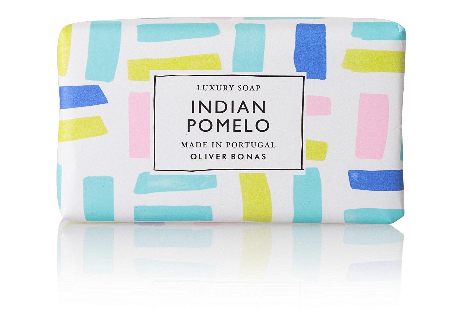 1004304_oliver-bonas_homeware_indian-pomelo-handmade-soap