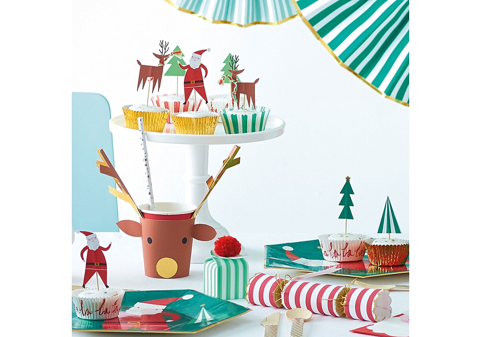 1023831_oliver-bonas_gift_xmas-cupcake-kit-r13-_2